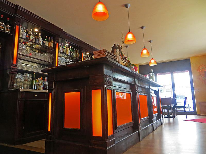 chai ji indisches restaurant berlin friedrichshain. Black Bedroom Furniture Sets. Home Design Ideas